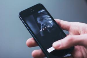 Uber ar putea achizitiona compania rivala Careem intr-o tranzactie de peste 3 miliarde de dolari