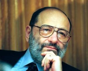 S-a stins Umberto Eco