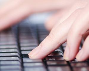 Un nou virus iti solicita bani ca sa nu iti distruga fisierele din computer