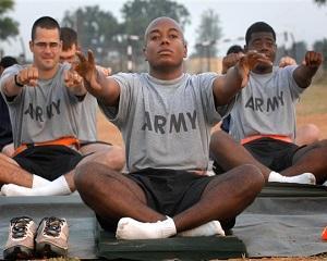 Din patriotism, armata americana risca sa ramana desculta!