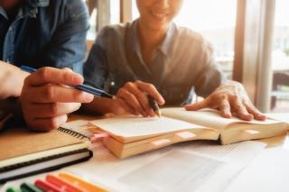 Cum are de gand USR-PLUS sa modifice Legea Educatiei, pentru a stimula economia