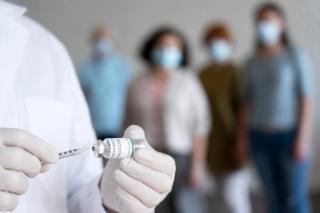 OMS: Vaccinul anti-Covid ar putea fi facut anual de persoanele din categoriile vulnerabile