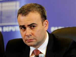 Darius Valcov continua seria de amenintari:
