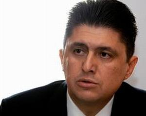 Todirascu: Se mentin costurile nejustificate in Sanatate prin amanarea asigurarii private