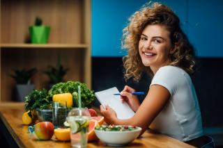 Vara, anotimpul perfect pentru imbunatatirea dietei