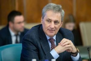 MAI a reincadrat patru piloti rezervisti pentru  executarea de misiuni SMURD si pe timp de noapte in  Moldova, Banat, Oltenia si  Dobrogea