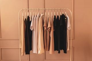 Piese vestimentare care nu vor iesi niciodata din trenduri