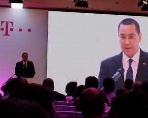 Victor Ponta, prezent la lansarea Telekom Romania: Va multumesc ca va platiti taxele, chiar daca uneori acestea sunt prea mari