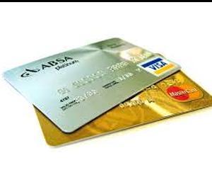 Visa si MasterCard, date in judecata pentru comisioane umflate. Se cer daune de miliarde