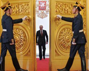 Rusia spera sa stranga 5,5 miliarde dolari din privatizari in 2014