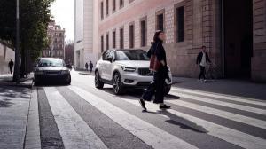 Cheia inteligenta inventata de Volvo permite setarea unei limite de viteza pentru a imprumuta masina in siguranta