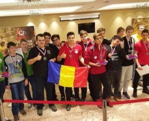 Performanta extraordinara pentru tinerii romani creatori de roboti la FTC Russia Open 2017