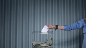 Cel mai recent sondaj publicat de PE crediteaza PNL cu 25,2% din optiunile de vot pentru alegerile Parlamentului European