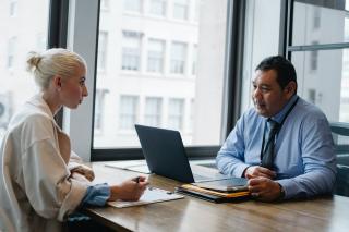 Vrei un program de lucru mai flexibil? Uite cum il poti obtine: negociaza inteligent