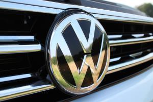 Martori in bord Volkswagen - ce reprezinta simbolurile aprinse in bord