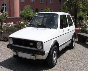 Volkswagen Golf implineste patru decenii de existenta