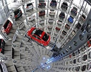 Piata auto americana isi revine, anuntand vanzari record pentru 2014