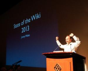 Fondatorul Wikipedia vorbeste despre o noua forma de jurnalism, influentata de
