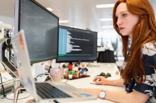 Women TechEU, programul de granturi de 75.000 de euro destinat de UE antreprenoarelor din domeniul tehnologiei