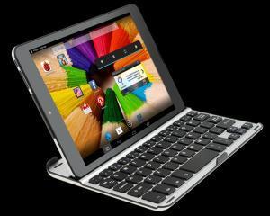 X8 Fusion, tableta-laptop, ultrasubtire, de la Evolio