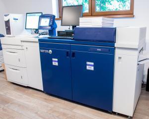 Xerox DocuColor 8080 a internalizat productia de aplicatii la Century Image