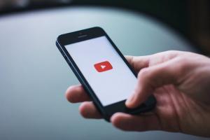 YouTube a generat din publicitate venituri de peste 15 miliarde de dolari in 2019