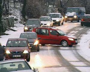 Colectia de iarna si colectia de imbracaminte asfaltica