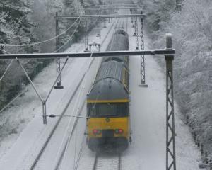 Locomotivele Diesel salveaza o parte din circulatia feroviara