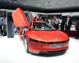 Zeci de mii de masini ale companiei Volkswagen, avariate de grindina in Germania